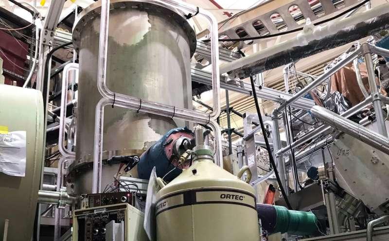 Neutrons measured with unprecedented precision using a 'magneto-gravitational trap'