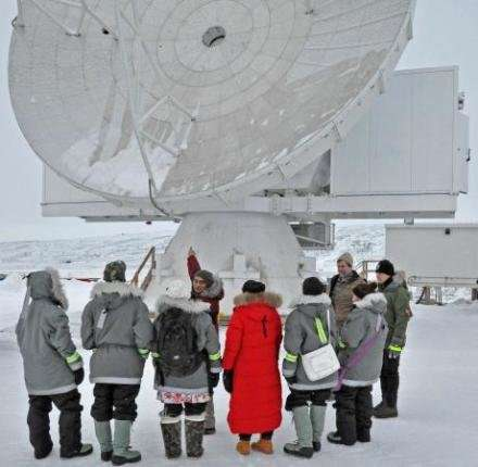 New Greenland telescope is up and running