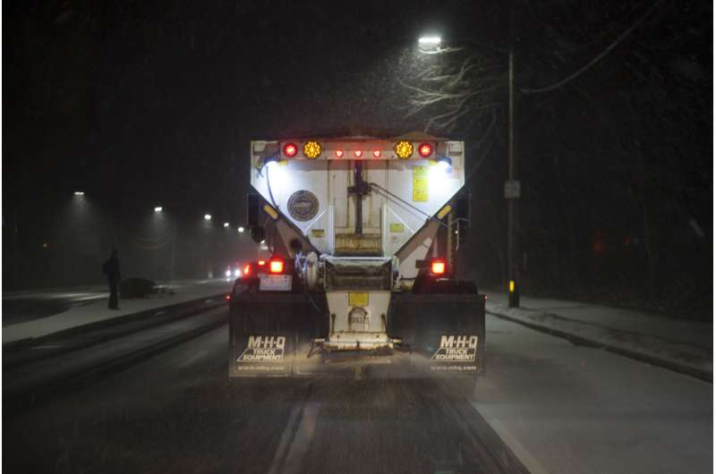 Road salt pollutes drinking water wells in suburban New York state