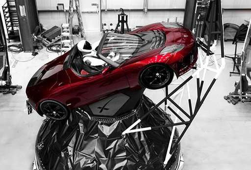 Showtime for SpaceX's big new rocket with sports car on top