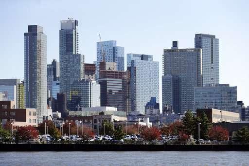 Source: Amazon to split second HQ between New York, Virginia