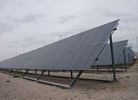 Stand-alone system to produce drinking water via solar energy
