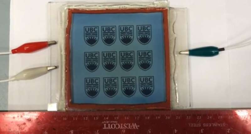 Researchers invent new method to create self-tinting windows