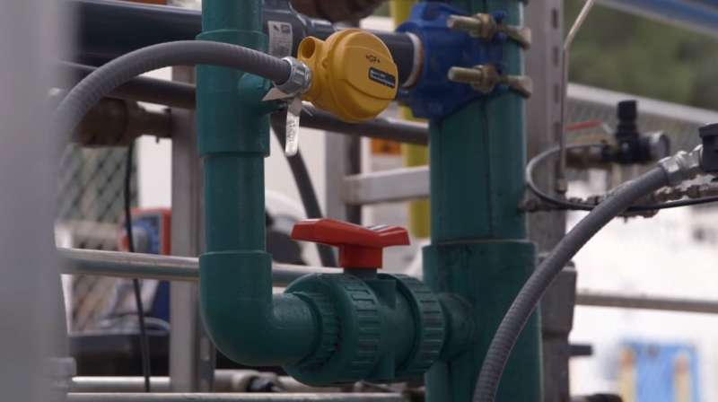 New plant tests energy-saving way to treat wastewater