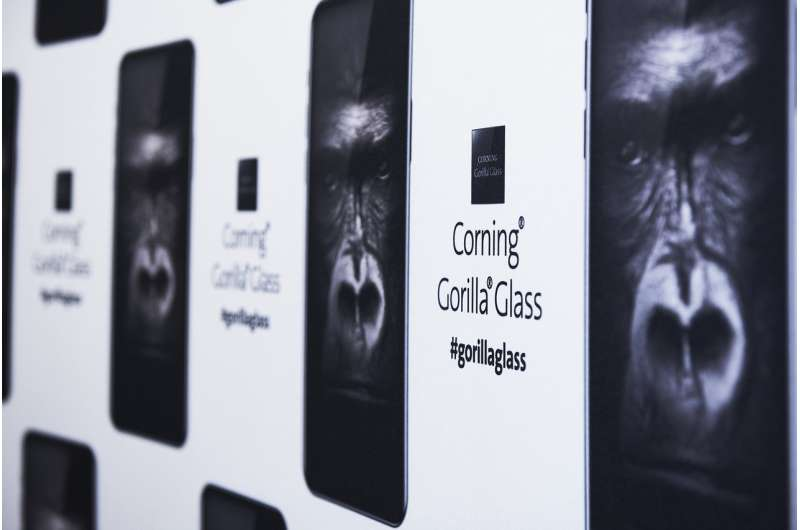 Gorilla Glass to have beefed-up protection for phones to survive oh-no drops