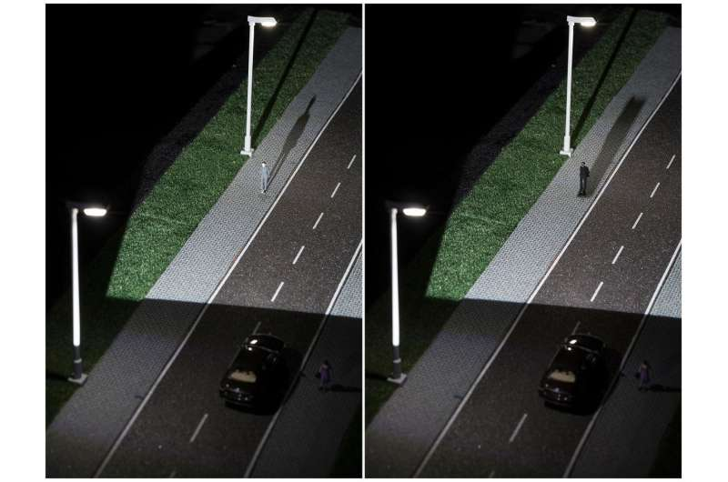 Networked lighting to eliminate auto blind spots
