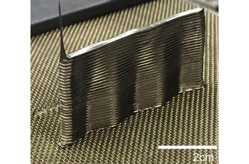 At last, a simple 3-D printer for metal