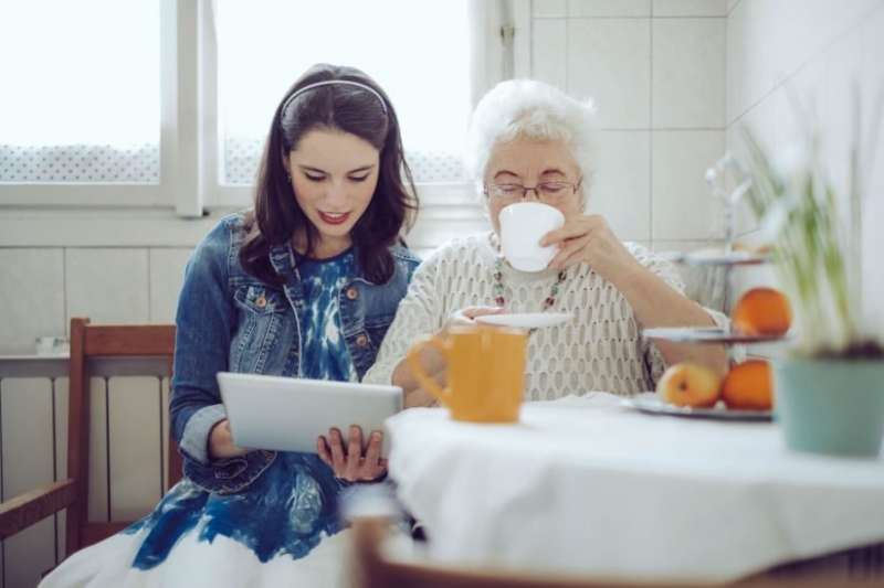 5 things to know when a loved one is diagnosed with Alzheimer's
