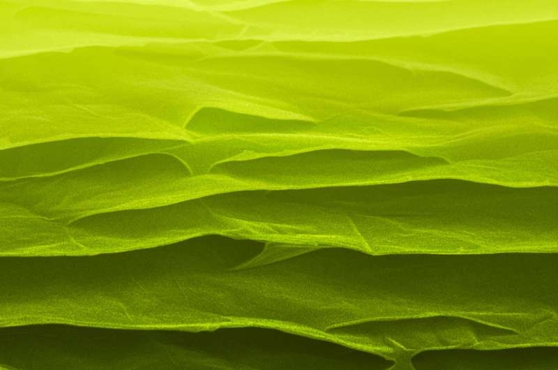 Scientists make strong, super-tough carbon sheets at low temperature