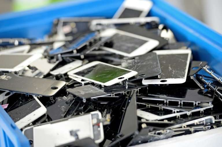 Apps that surreptitiously mine cryptocurrencies can cause smartphones to overheat to the point they are damaged or destroyed, ex