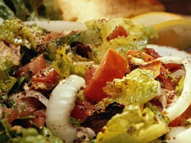 Arizona romaine lettuce tied to nationwide E. coli outbreak: CDC