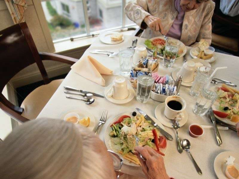 Balanced diet may be key to cancer survival