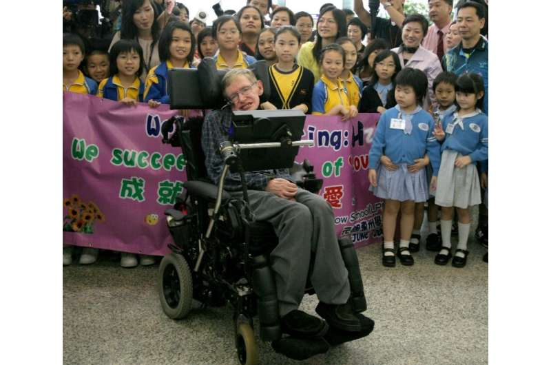 British theoretical physicist and mathematician Stephen Hawking arrives in Hong Kong in 2006