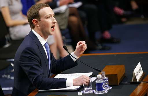 CEO Zuckerberg apologizes for Facebook's privacy failures