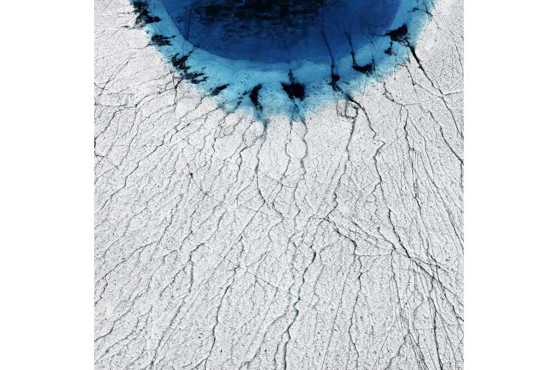 Chain reaction of fast-draining lakes poses new risk for Greenland ice sheet