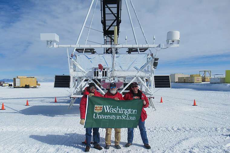 Cosmic ray telescope launches from Antarctica