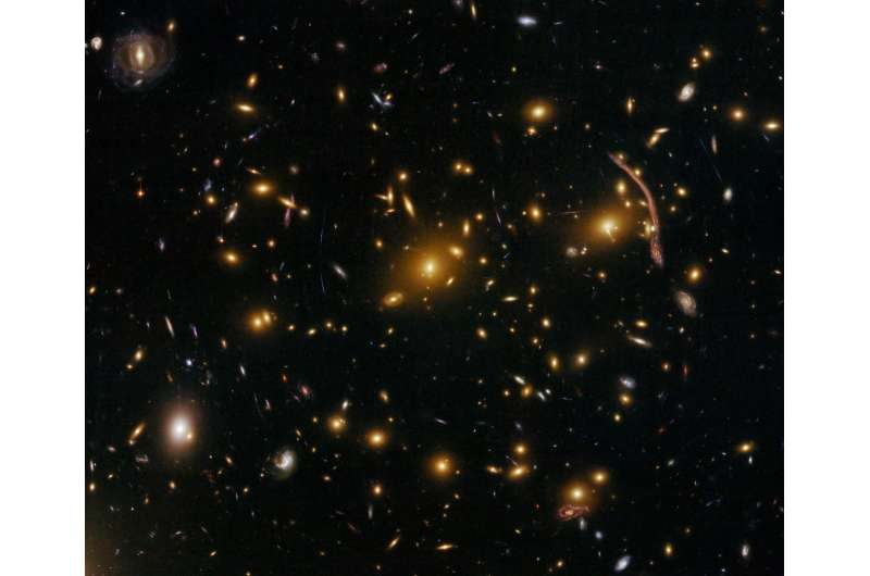 Dark matter clusters could reveal nature of dark energy