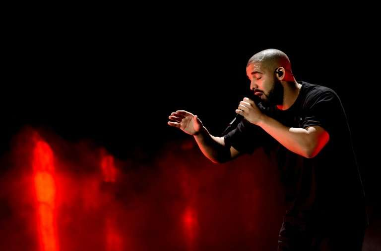 Drake—shown here performing at the 2016 iHeartRadio Music Festival in Las Vegas in 2016—is making waves in the world of streamin