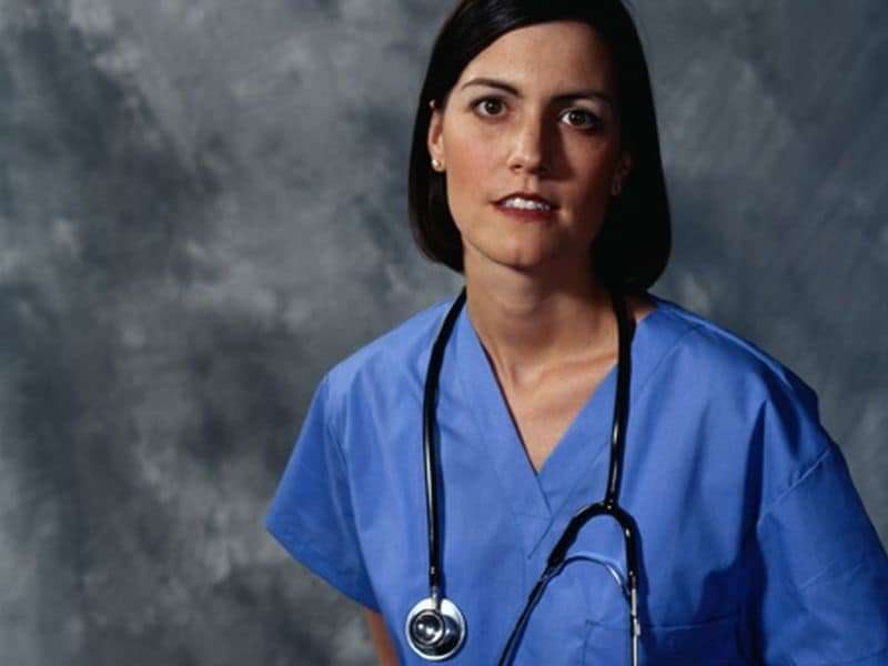 Female internists consistently earn less than men