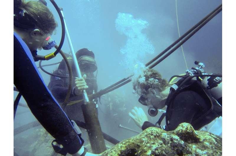 First evidence of surprising ocean warming around Galápagos corals