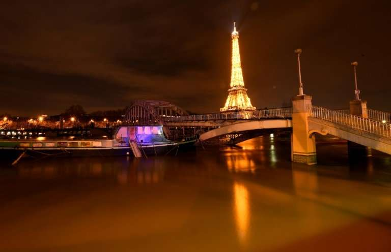 Flooding in Paris has caused around 1,500 people to evacuate their homes, while a similar number of homes remain without electri