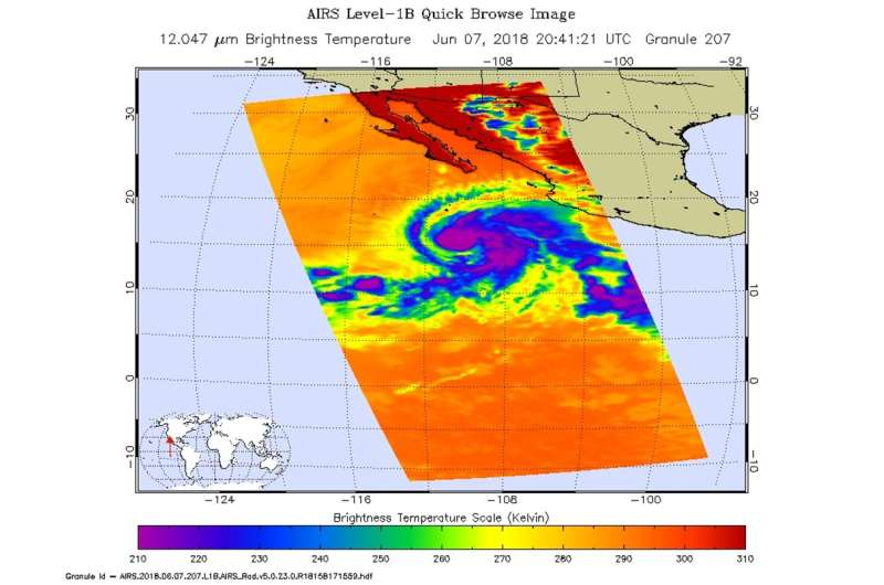 Infrared NASA imagery shows Hurricane Aletta strengthening