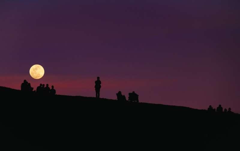 It's better light, not worse behaviour, that explains crimes on a full moon