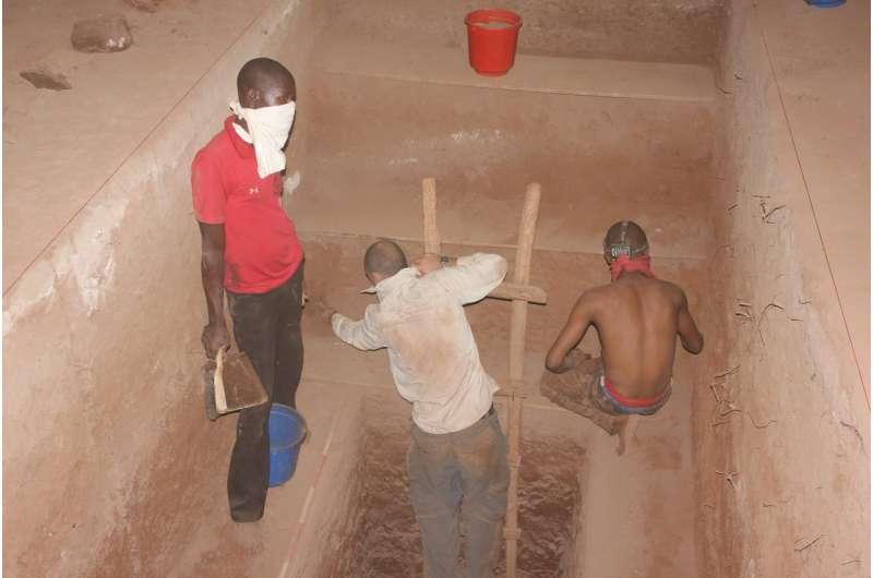 Kenyan cave sheds new light on dawn of modern man