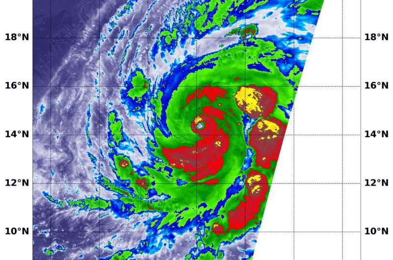 NASA sees a lot of strength in infrared view of cat four Hurricane Walaka