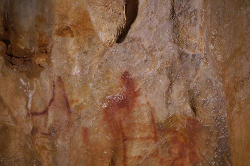 Neanderthals were artistic like modern humans, study indicates