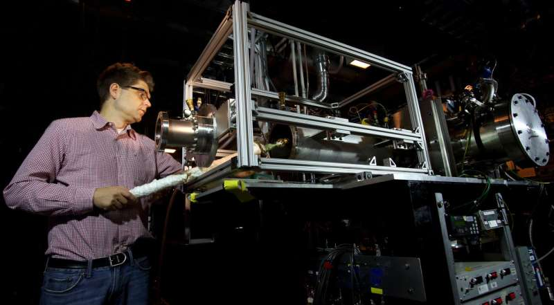New chemical mechanisms identified on road to cleaner, more efficient combustion