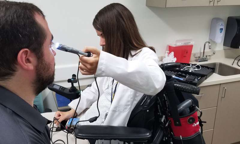 New medical devices help doctors with disabilities