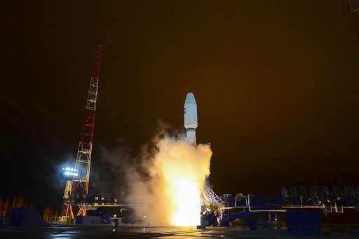 Russian rocket puts satellite into orbit, 1st since failure