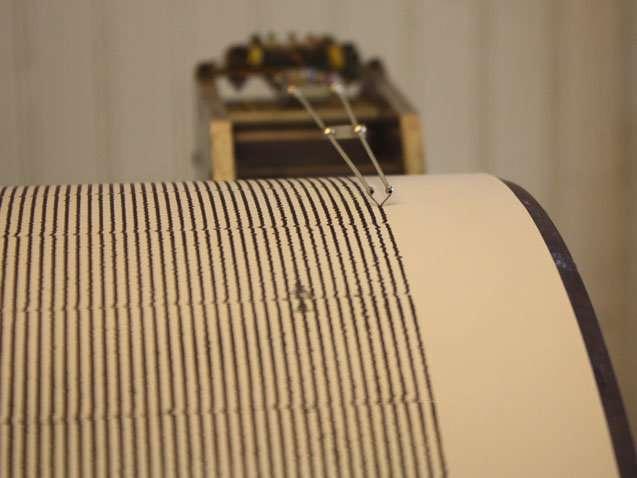Seismic sensors record hurricane intensity, study finds