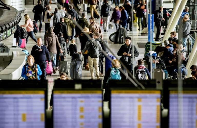 Several of the EU's biggest airports, including Amsterdam's Schiphol, warned of problems because of the computer breakdown