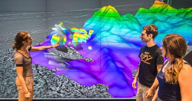 Sub-sea rift spills secrets to seismic probe