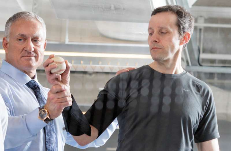Surgeon discusses latest treatments for shoulder problems