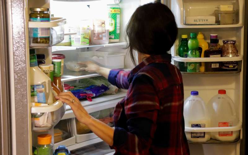 Survey finds 94 percent of Americans waste food at home, but simple changes can help