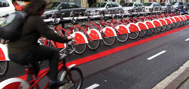 Swapping cars for shared bicycles would avoid up to 73 deaths per year