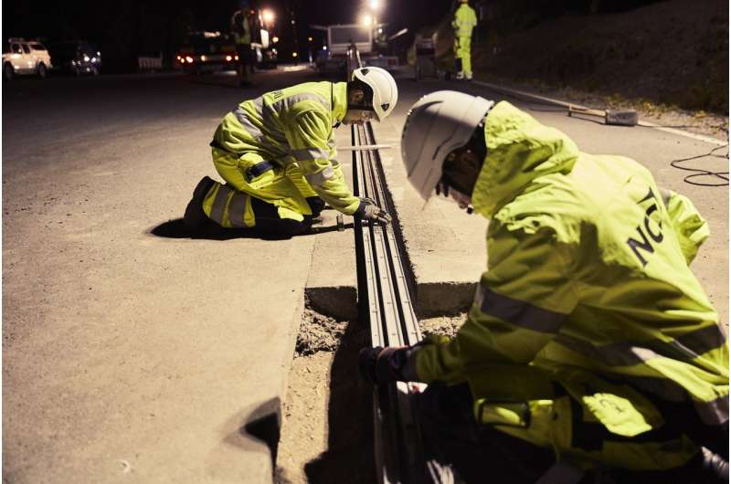 Sweden installs section of electrified road