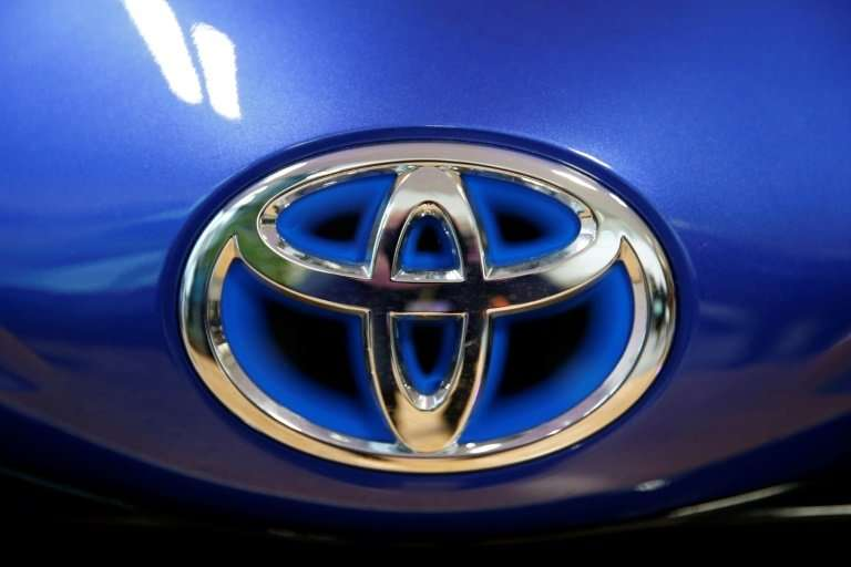 Toyota maintained its forecast that for the fiscal year to March 2019, net profit would fall 15 percent