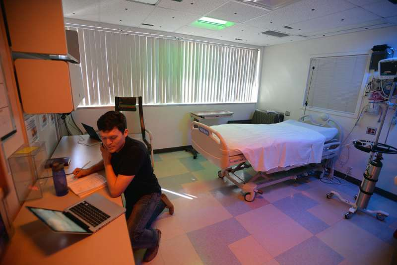 Transforming patient health care and well-being through lighting
