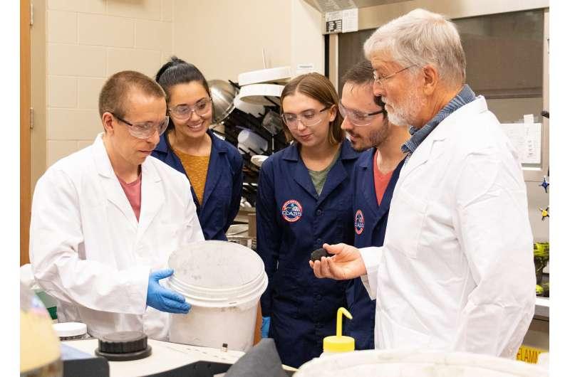 UCF selling experimental Martian dirt -- $20 a kilogram, plus shipping