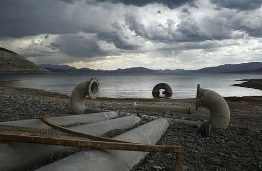 Vital US reservoir OK for now, but shortages are looming
