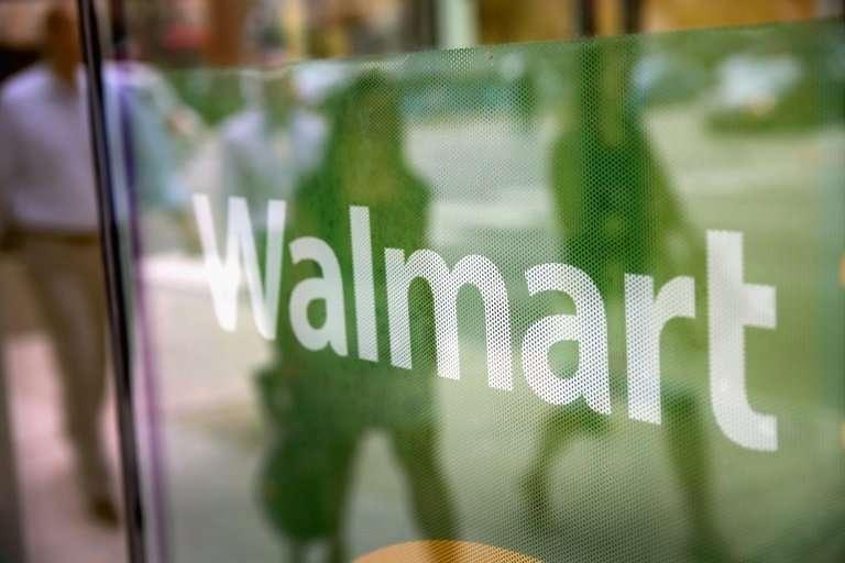 Walmart is taking on Amazon in e-books in partnership with Japanese-based Rakuten Kobo