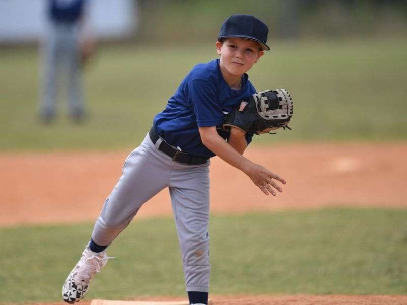 When kids focus on 1 sport, overuse injuries rise