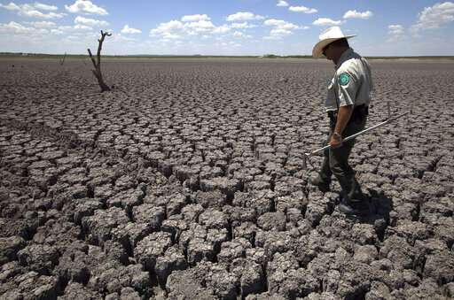 AP finds hot records falling twice as often as cold ones