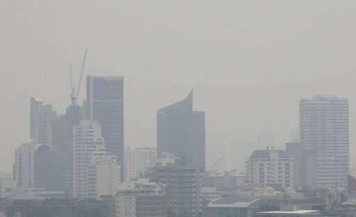 Bangkok schools closed over air pollution concerns