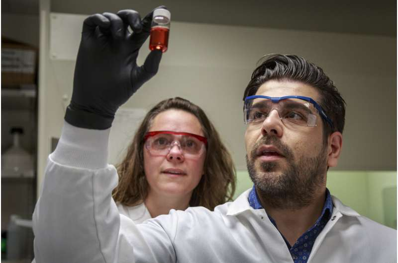Could gold be the key to making gene therapy for HIV, blood disorders more accessible?