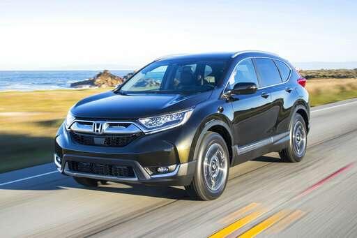 Edmunds compares the Honda CR-V and Toyota RAV4